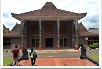 Visiting South Sumatra Museum Palembang