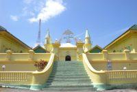 Посещение Большой мечети султана Риау