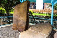 Visiting Batu Basurek Kuburajo Batusangkar