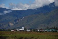 Baliem Valley, Baliem Valley is accessible by air. Wamena Airport (WMX) serves the valley