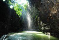 Visitando el Cañón Verde Cukang Taneuh