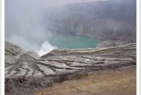 Visiting Ijen Crater or Ijen Plateau