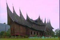 Visiting Pagaruyung Palace