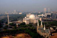 参观雅加达伊斯蒂克拉尔清真寺