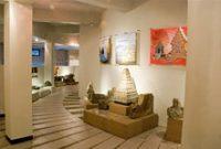 Visite du musée Kailasa Dieng Banjarnegara