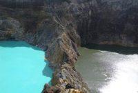 Visitando o Monte Kelimutu com três lagos coloridos
