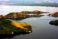 Visitando o Lago Sentani