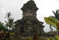 Visitando o templo de Singosari