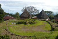 Visitando a vila tradicional de Compang Ruteng Manggarai Flores