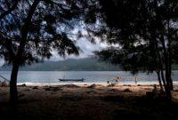 ラジャアンパットのウム島を訪問