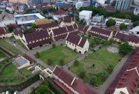 Visitando o Forte Roterdã e o Museu I La Galigo