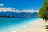 Visiting Senggigi Beach Lombok