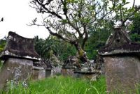 Visiting Waruga Sawangan, The Above Ground Tomb Park