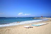 Visitando a praia de Sanur em Bali